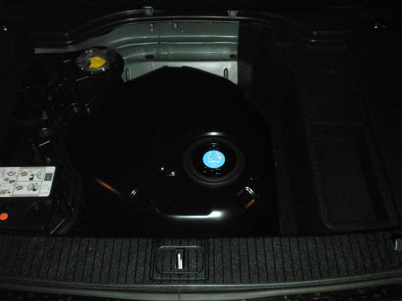 adblue mercedes c klasse limousine w204 infodiesel. Black Bedroom Furniture Sets. Home Design Ideas